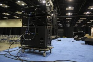 Line Array Speaker Cabinets